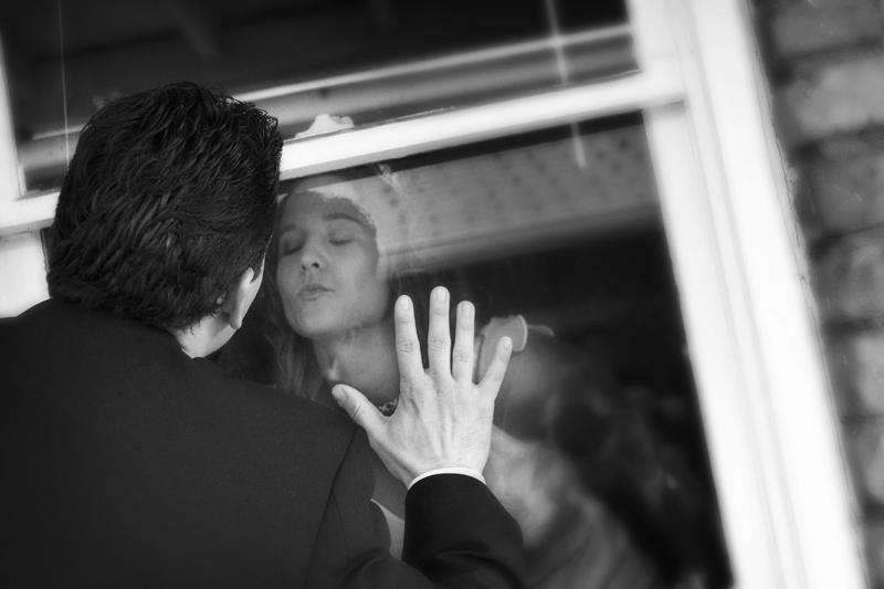 Wedding photograph of bride and groom in Tacoma Washington